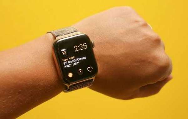 How to Use Fall Detection with Apple Watch Series 4?