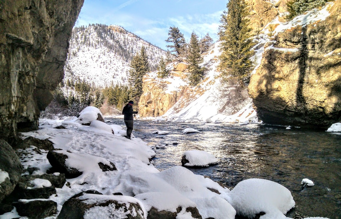 Fly Fishing in Winter: A Guide to Fly Fishing in Snow - RiverBum.com